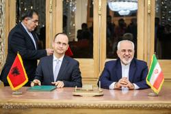لقاء وزيري خارجية ايران والبانيا / صور