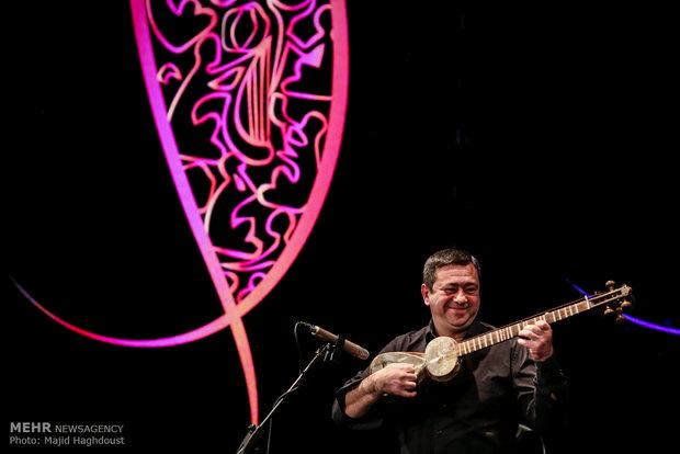 Djivan Gasparyan performs at Fajr festival