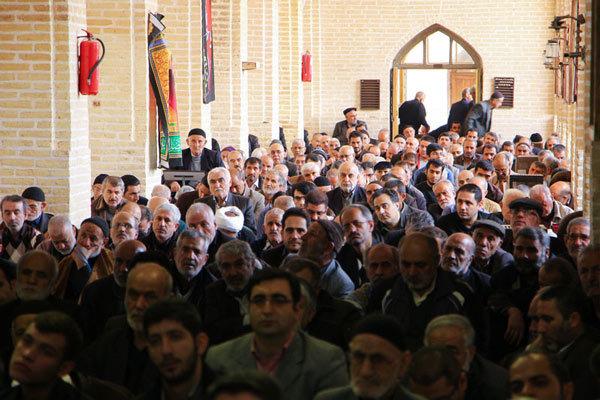 شعار آشتی ملی یک حرکت منافقانه و چراغ سبز به دشمن است