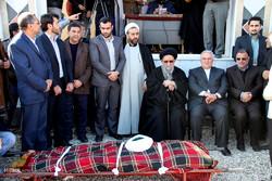 تشییع پیکر مرحوم آخوند عابدی کر در بندر ترکمن