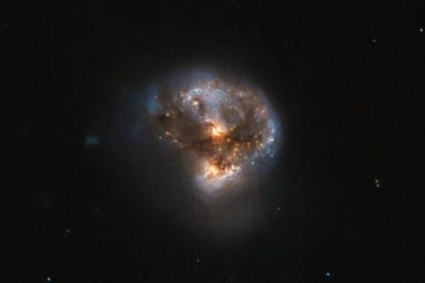تصویر ناسا از یک کهکشان لیزری منتشر شد