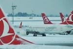 Türk kargo uçağı Kırgızistan'da düştü