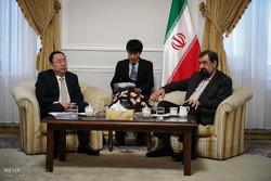 رضائي: نأمل في الإسراع بتعزيز العلاقات بين ايران والصين