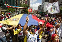 Venezuelan government ready to fight coup