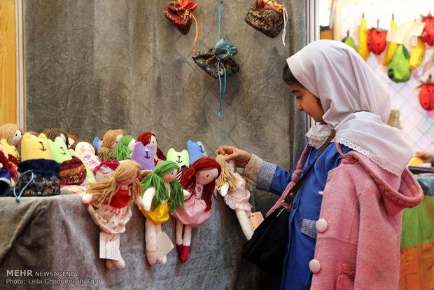 افتتاح الدورة السادسة لمعرض الدمى وألعاب الأطفال في ايران