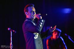 کنسرت موسیقی شهرام شکوهی در شیراز