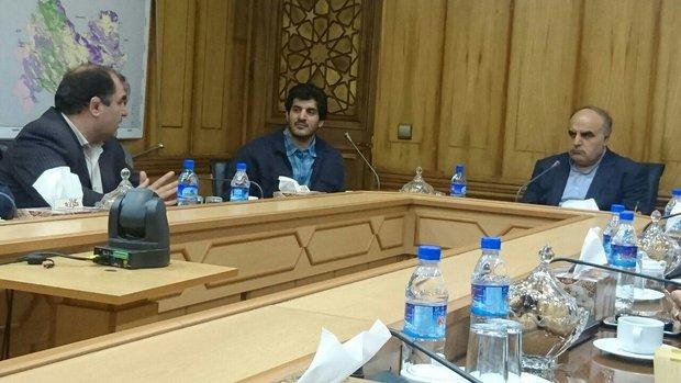 در دیدار با رئیس فدراسیون کشتی مطرح شد؛ تاکید استاندار کرمانشاه بر میزبانی مسابقات کشتی آزادجام جهانی 2017