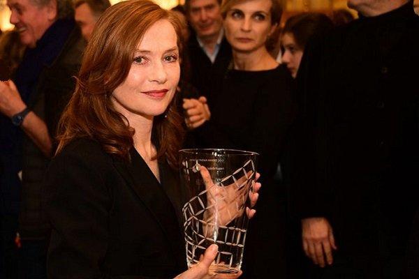 ایزابل هوپر به عنوان نماد بخش «زنان در جنبش» جشنواره کن انتخاب شد