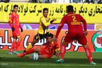 تساوی سپاهان و نفت تهران در پایان نیمه اول