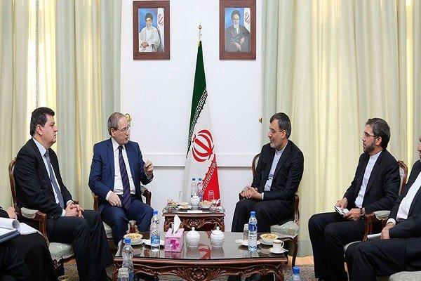 Jaberi discusses Astana meeting with Mekdad, UN envoy
