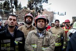 استمرار عمليات الانقاذ  قرب مبنى بلاسكو /صور