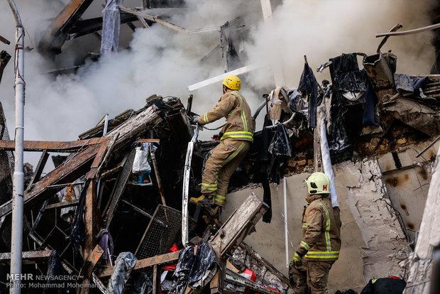 حادثه پلاسکو زنگ خطری برای تهران/از هم اکنون به فکر زلزله باشیم