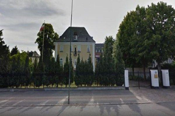 الشرطة الدنماركية تلقي القبض على المعتدين على السفارة الايرانية