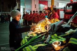 İranlıların itfaiyecilri anma törenleri
