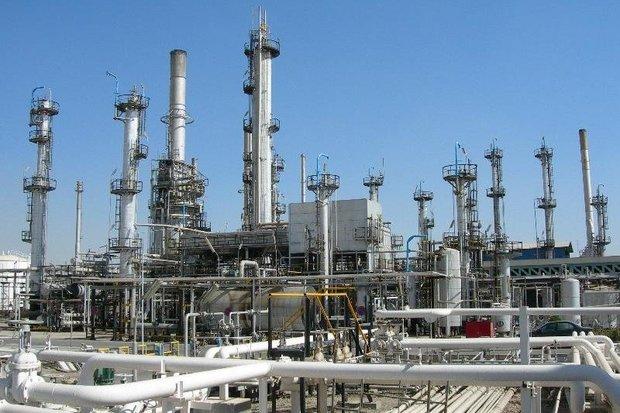 Iran to build 12 new oil refineries