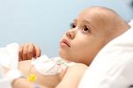 عروسکبازی روی تخت شیمیدرمانی؛ مادر مرا به خانه ببر