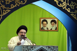 Iran's missiles to land on adversaries like thunderbolts: Senior cleric