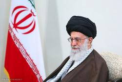 قائد الثورة الإسلامية ينعي الفقيد السيد حسن صالحي