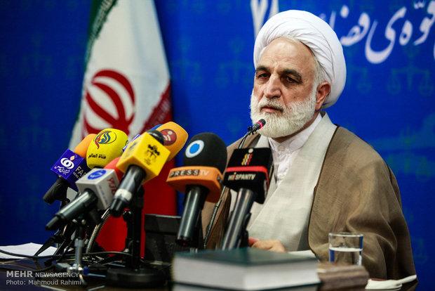 ايجئي : اتهامات رئيس مكتب الرئيس الايراني السابق متعددة