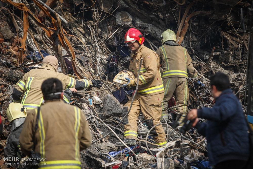 اتمام ۶۰ درصد آوار برداری/ ۵ کپسول جدید آتش نشانی پیدا شد