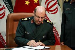 مقابلة خاصة مع وزير الدفاع الايراني عند الساعة 9:30 مساء بالتوقيت المحلي في لبنان على شاشة المنار