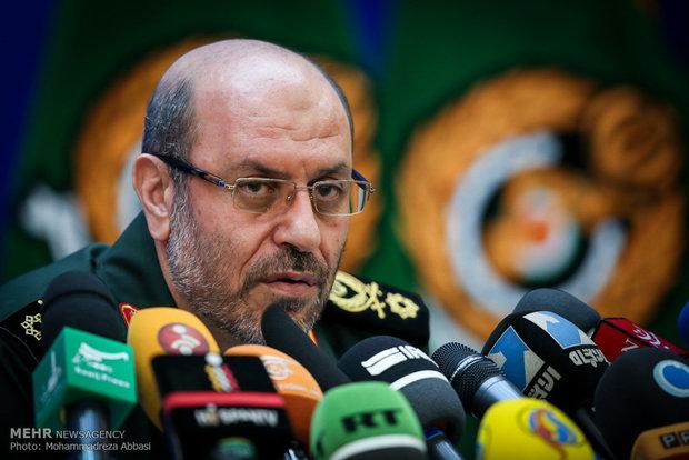 حسین دهقان وزیر دفاع و پشتیبانی از نیروهای مسلح
