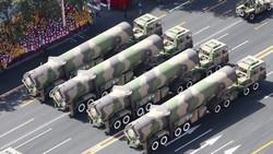 الصين تهدد ترامب بأحدث صواريخها الباليستية