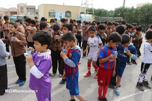 توزیع شیر در مدارس منطقه بردخون آغاز شد
