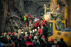 عملیات امداد و نجات ساختمان پلاسکو -17
