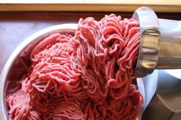 گوشت چرخ کرده فله ای از پیش آماده شده نخرید