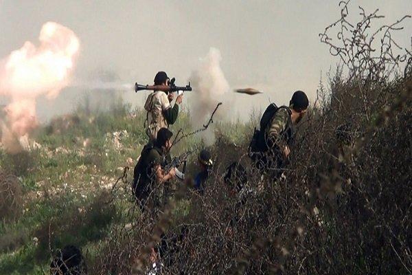 استمرار الإشتباكات بين الجماعات المسلحة في ريف إدلب شمال سوريا