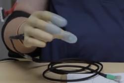 فیلم/ احساس حرارت و گرما با دست مصنوعی