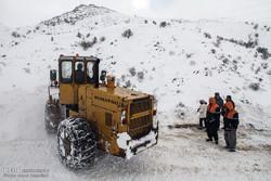سقوط بهمن در جاده چالوس/ خطر ریزش سنگ در محدوده «پل خواب»