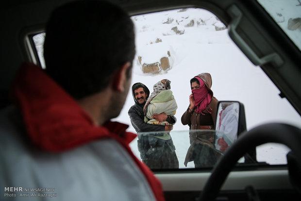 İran'da kar yağışı etkisini sürdüyor