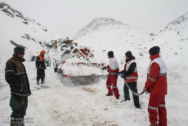 Three people trapped in avalanche near Tehran