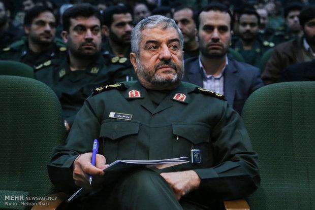 ارتش، نماد اقتدار نظام و قابل اتکا در دفاع از انقلاب است