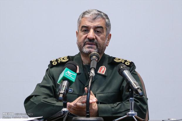 ایران در نظر دارد مسائل منطقه را در جایی غیر از میز مذاکره حل کند