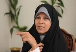 تخلف در جذب «فائزه هاشمی» در دانشگاه آزاد محرز شد