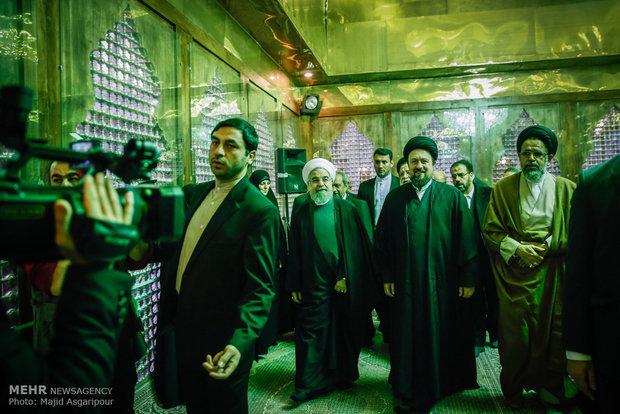 Rouhani, cabinet renew allegiance to Imam Khomeiniه)