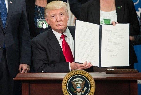 واکنش شرکت های فناوری اطلاعات ( IT ) در مورد قانون مهاجرت ترامپ