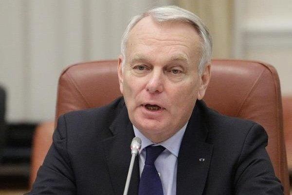 شمخاني يستقبل وزير الخارجية الفرنسي