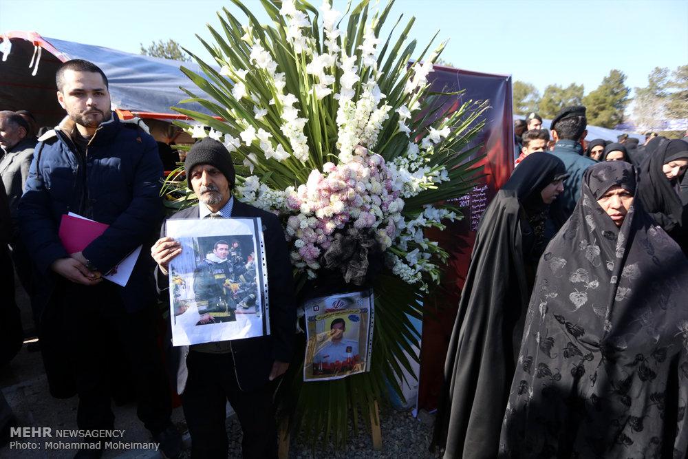 تدفین شهدای آتشنشان در بهشت زهرا (س)