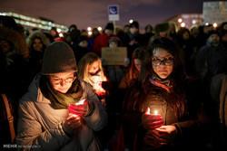 Kanada'da cami kurbanlarını anma töreni