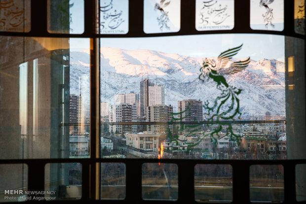 نگاهی به سه روز اول جشنواره فیلم فجر ۳۵/ ای هیچ!