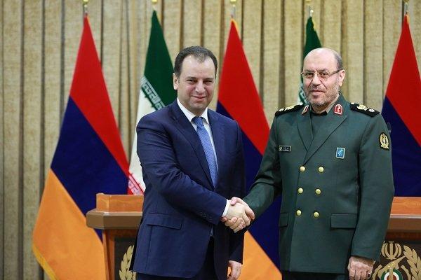 وزرای دفاع ایران و ارمنستان
