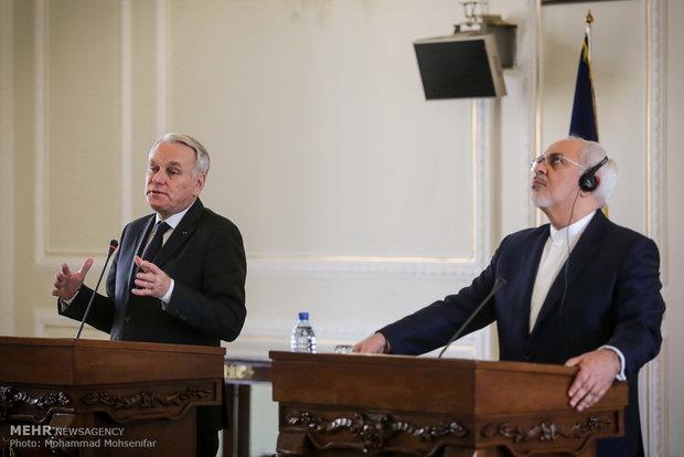 لقاء وزير الخارجية الايراني ونظيره الفرنسي