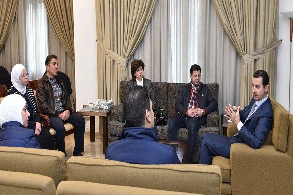 الرئيس الأسد يستقبل وفدا من الصناعيين السوريين