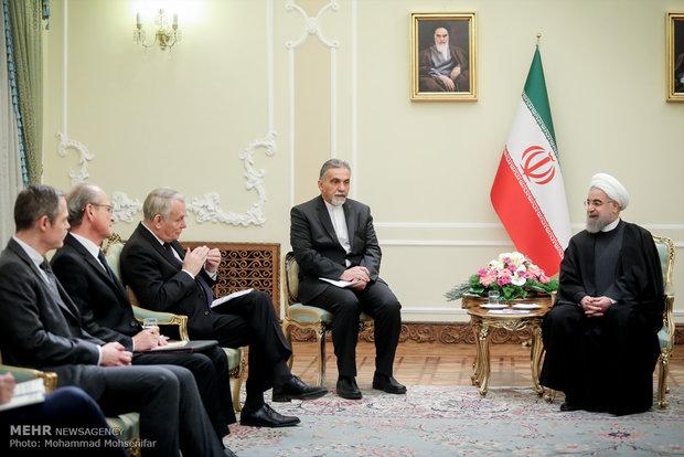 روحاني يستقبل وزير الخارجية الفرنسي