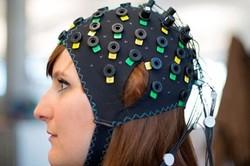 برقراری ارتباط با معلولان به وسیله تداخل کامپیوتر و مغز
