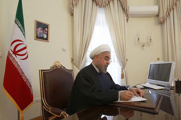 روحاني يهنئ نظيره التركماني على انتخابه رئيسا لولاية جديدة